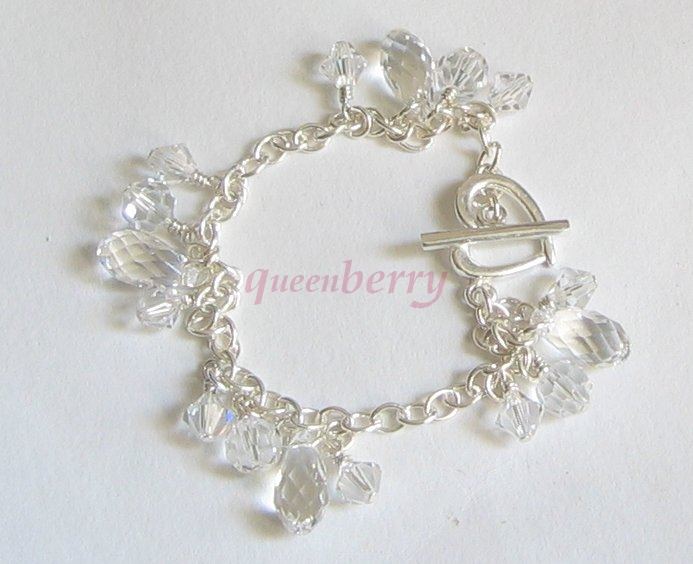Clear SWAROVSKI Teardrop on Silver Heart Toggle Bracelet